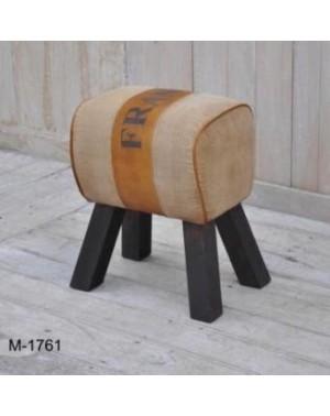 M-1761 Stołek, pufa z nóżkami 44 x 30 x 52